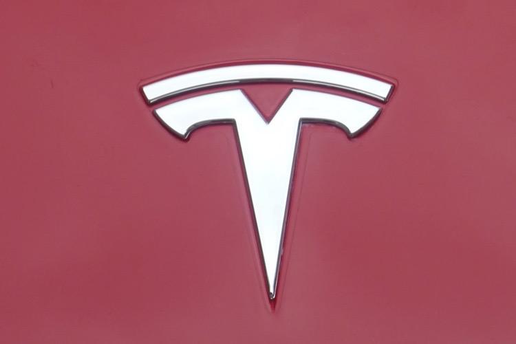 Elon Musk veut sortir Tesla des marchés financiers