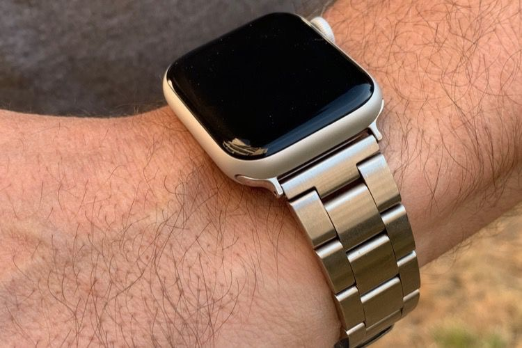 Apple Watch Series 4 : quels sont les bracelets compatibles