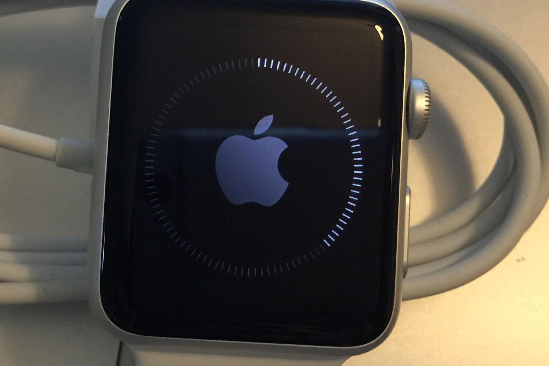Apple retire watchOS 5.1 qui bloquait des Apple Watch