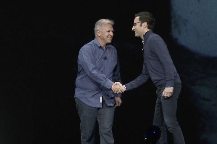 Phil Schiller sur la scène d'Adobe pour fêter PhotoshopCCsuriPad