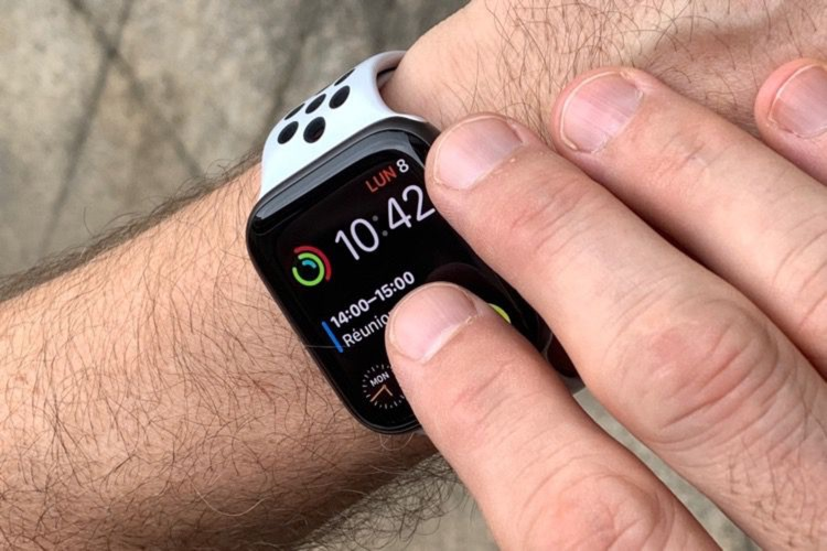 Apple Watch Series 4 : la couronne digitale bloque les changements inopinés de cadrans