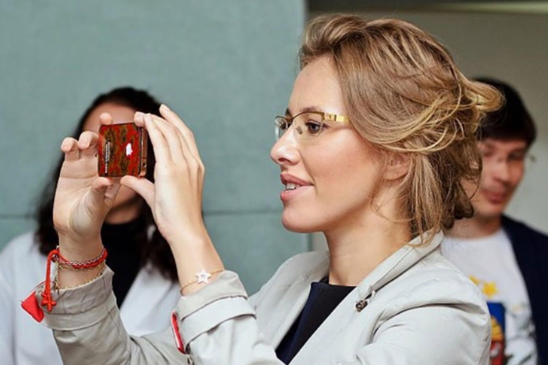 L'ambassadrice russe de Samsung préfère l'iPhone