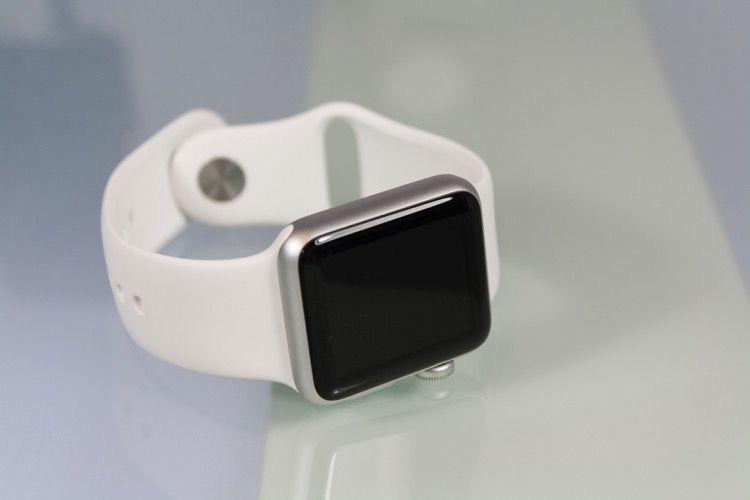Promos sur les Apple Watch Series 3 (269€), AirPods et nombreux accessoires Apple