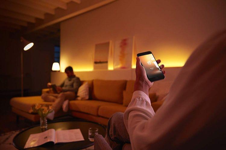 Cyber Monday: lampes connectées Hue à 60€, prise connectée à 20€, balance connectée à 70€