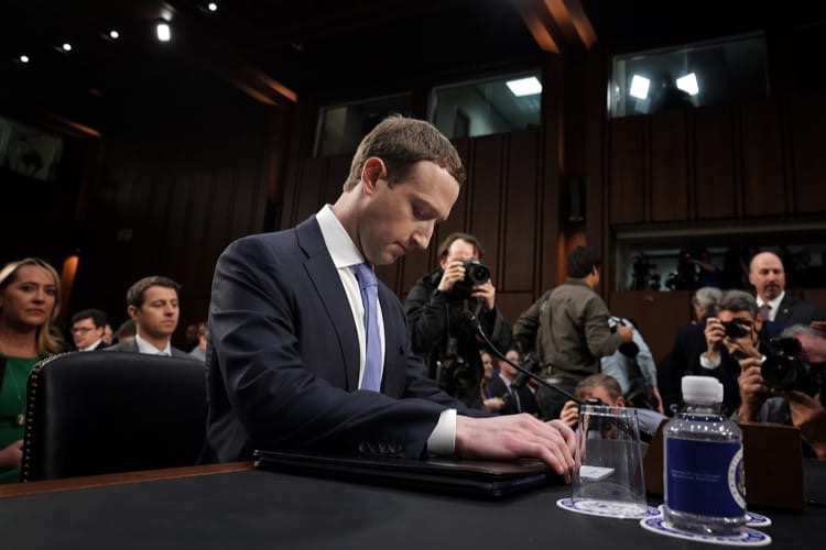 Facebook : un bug a permis aux développeurs d'accéder aux photos non partagées de 6,8 millions d'utilisateurs