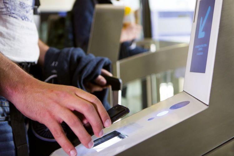 Quand Apple Pay interfère avec les portiques de la SNCF