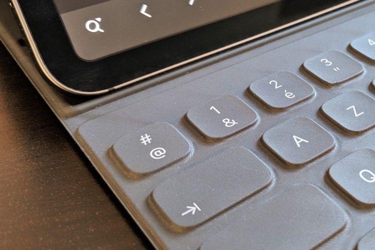 Le Smart Keyboard AZERTY ne propose pas de touche echap, et c'est un problème