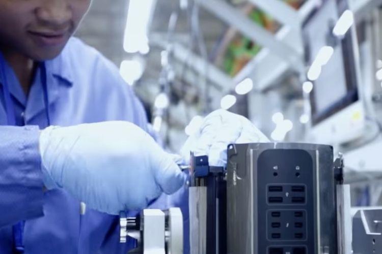 Une vis responsable du retard du Mac Pro 2013 et symbole de la complexité du made in USA
