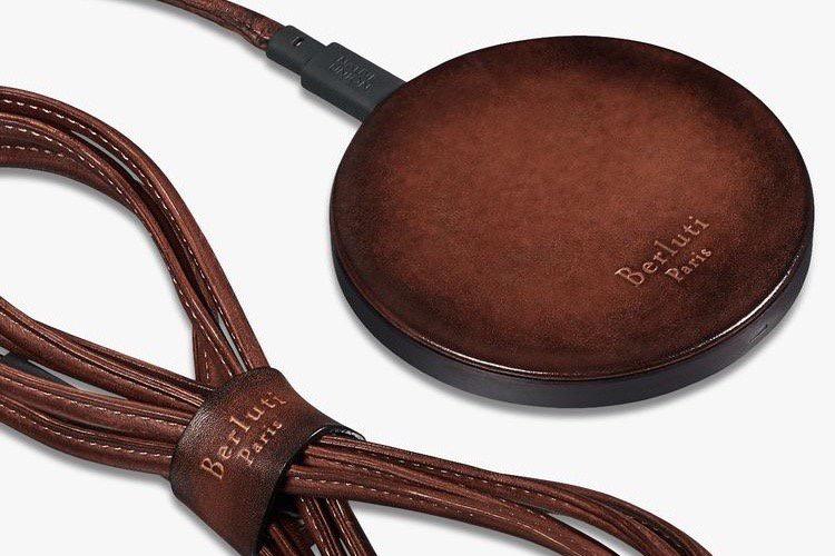 Berluti et Louis Vuitton appliquent une couche de luxe sur des accessoires techno