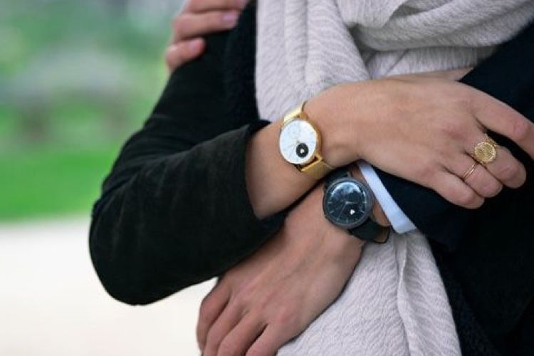 Or et noir pour les Withings Steel HR de la Saint-Valentin