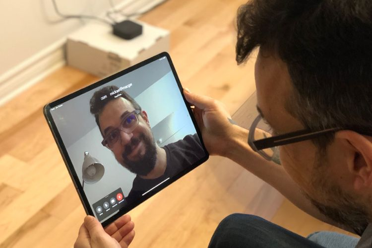 Bug FaceTime : en attendant iOS 12.1.4, Apple ne fait plus la promotion de Group FaceTime sur son site