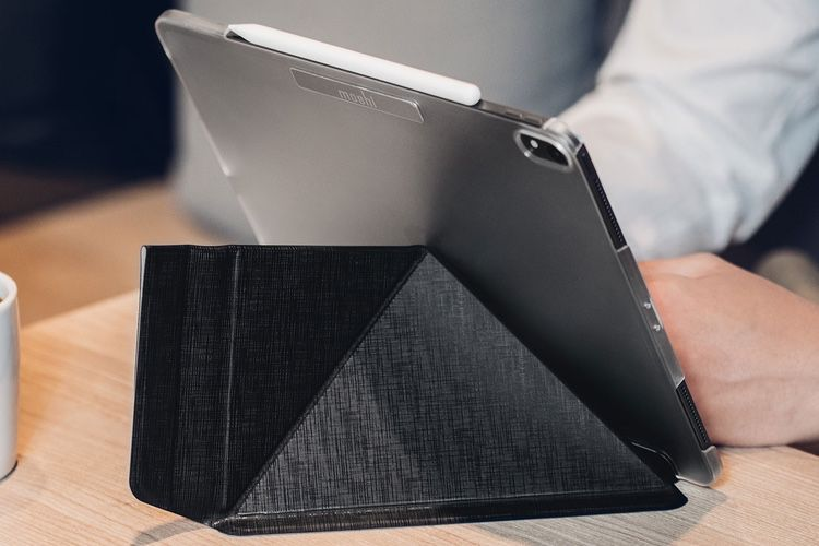 Aperçu de l'étui origami VersaCover pour iPad Pro 2018