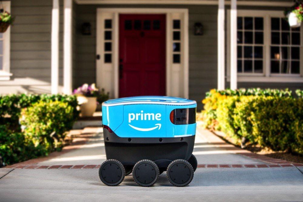 Les robots Amazon Scout livrent des packages