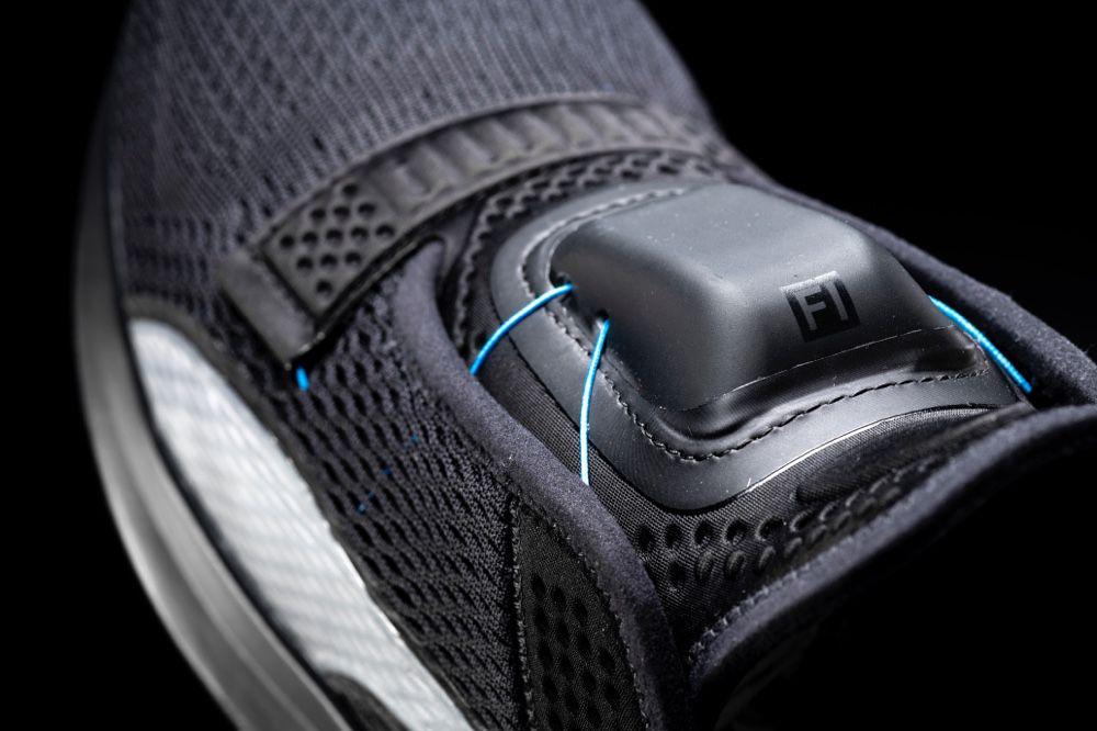 Puma aussi a ses baskets autolaçantes | WatchGeneration