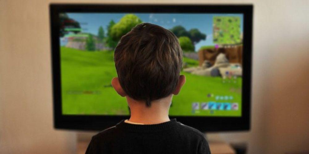 video en galerie : Fortnite sur iPad : contre ce joueur de 12 ans aux doigts magiques, tu peux pas test