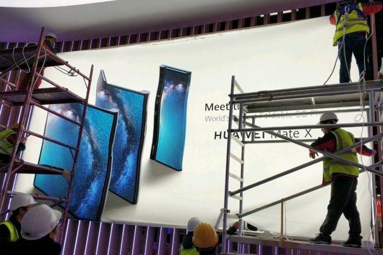 Le Mate X est l'appareil pliable 5G de Huawei