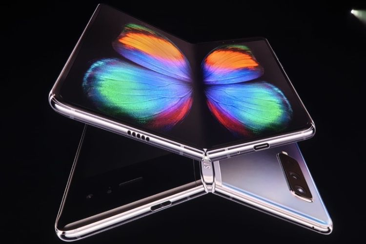 Galaxy Fold : Samsung prend un nouveau pli