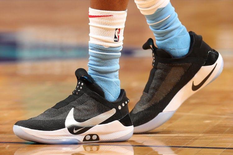 Les chaussures connectées font du pied aux wearables