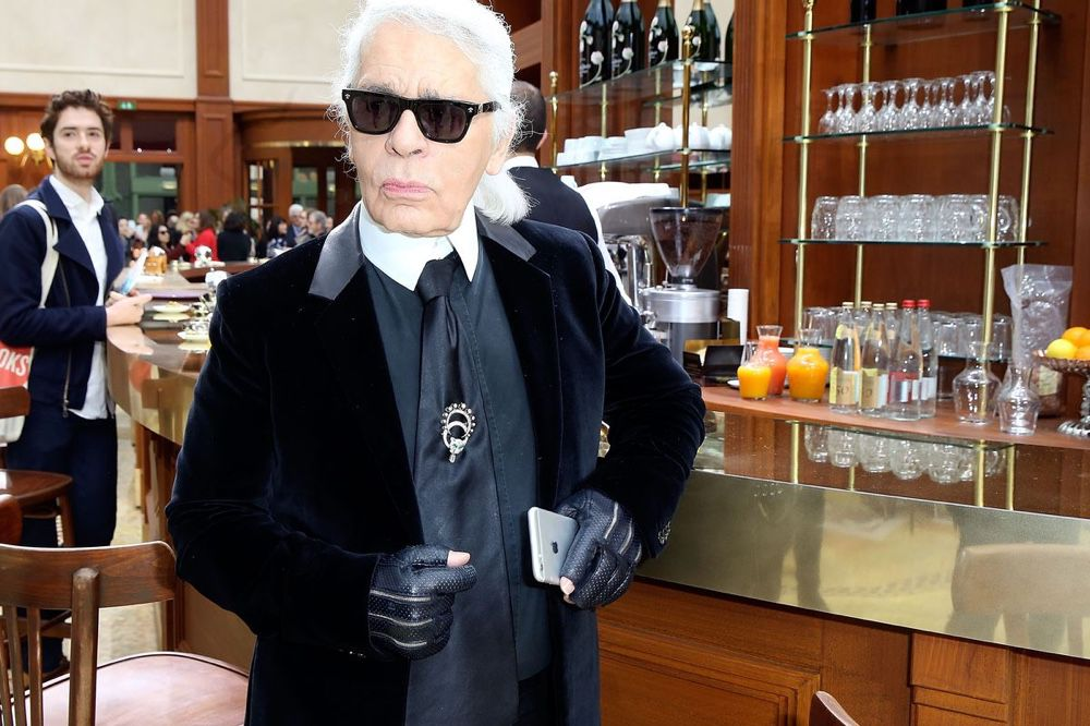 Karl Lagerfeld, Kaiser de la mode et fou d'Apple