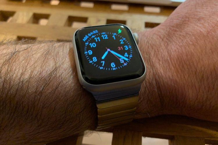 Juuk adapte ses bracelets métalliques à l'Apple Watch Series 4 de 44 mm