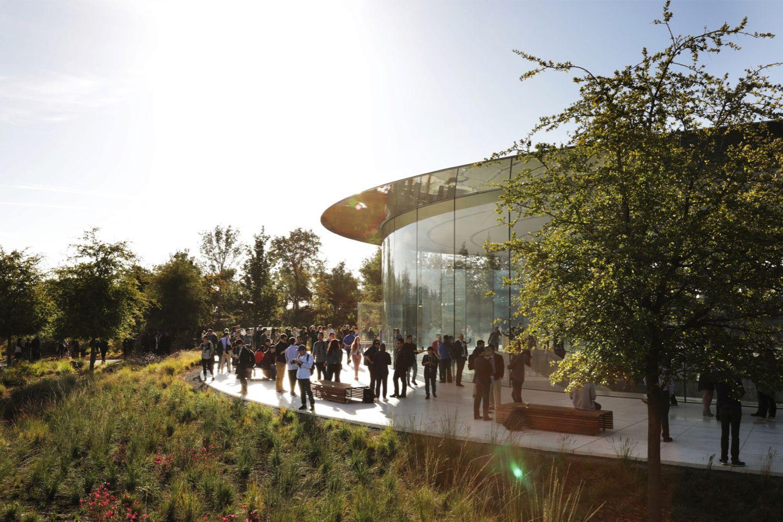 «It's show time»: suivez en direct la conférence Apple sur LeKeynote.fr