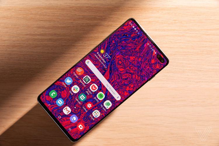 Samsung bat de nouveaux records avec l'écran du GalaxyS10