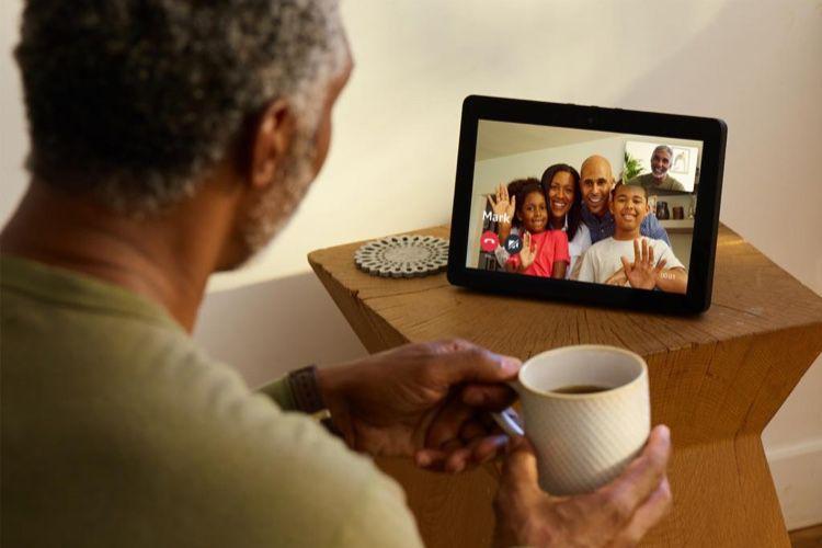 Echo Show, la dernière enceinte avec écran d'Amazon sort en France