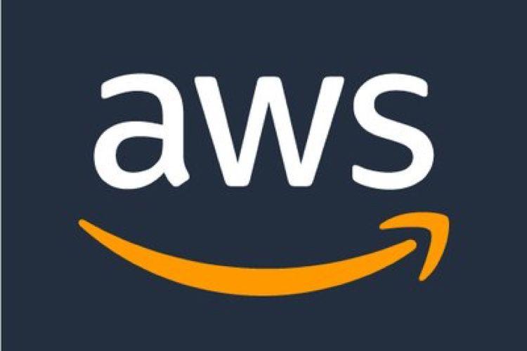 Apple aurait divisé par deux sa facture chez Amazon Web Services