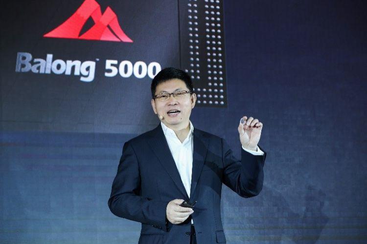 Huaweiflou sur les modems 5G pour Apple, mais clair pour son admiration envers Steve Jobs