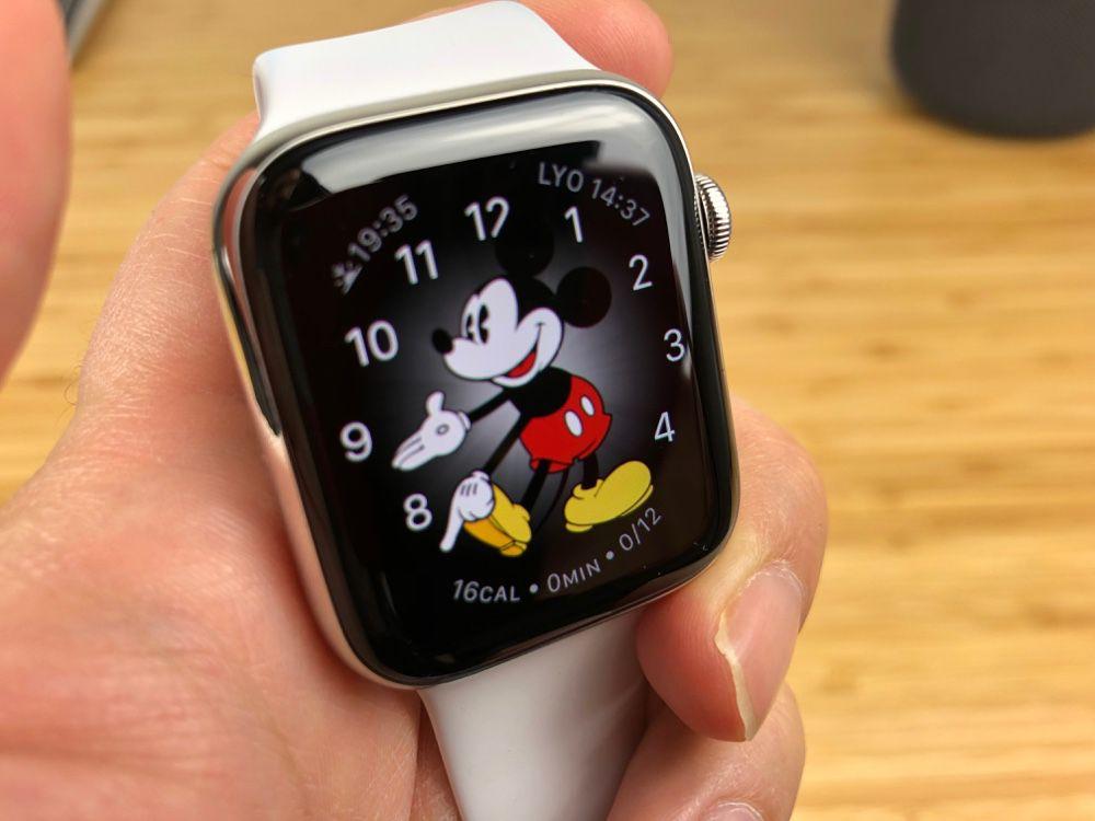 L'Apple Watch Series 5 conserverait un écran OLED