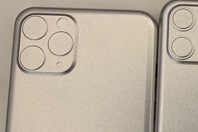 Les nouveaux gabarits des successeurs des iPhone XS, XS Max et XR confirment le carré photo