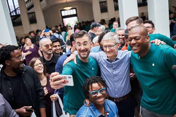 video en galerie : Visite en vidéo de l'Apple Store de la Carnegie Library