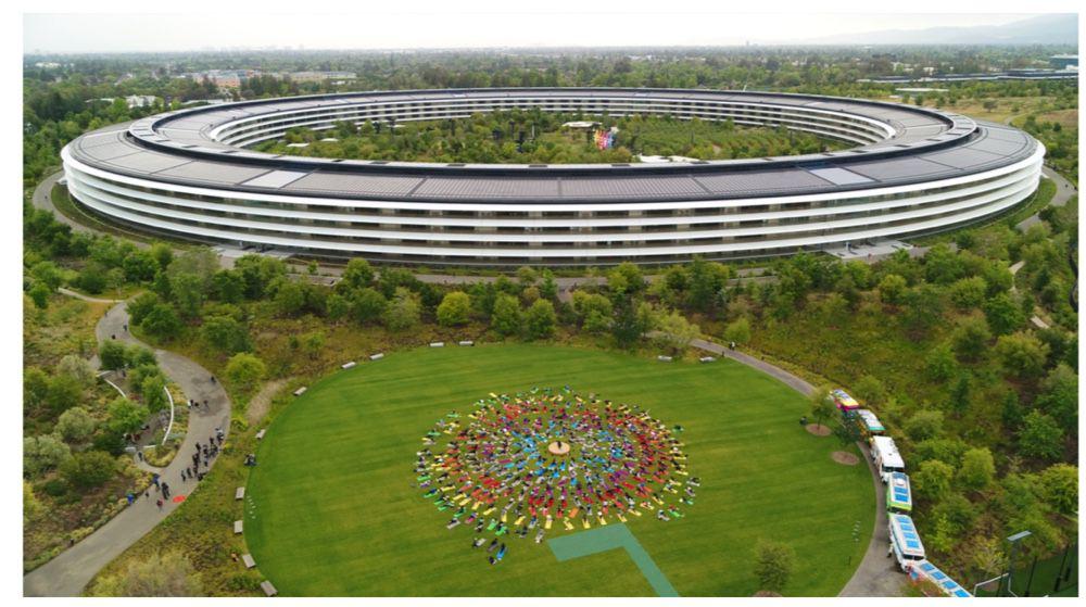 Le récap' en images d'une journée d'inauguration et d'hommage — Apple Park