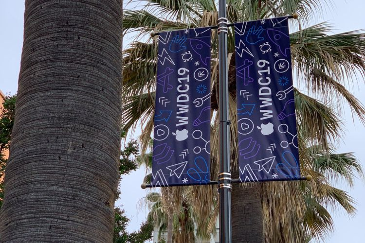 image en galerie : San Jose se pare de néons pour la WWDC 2019