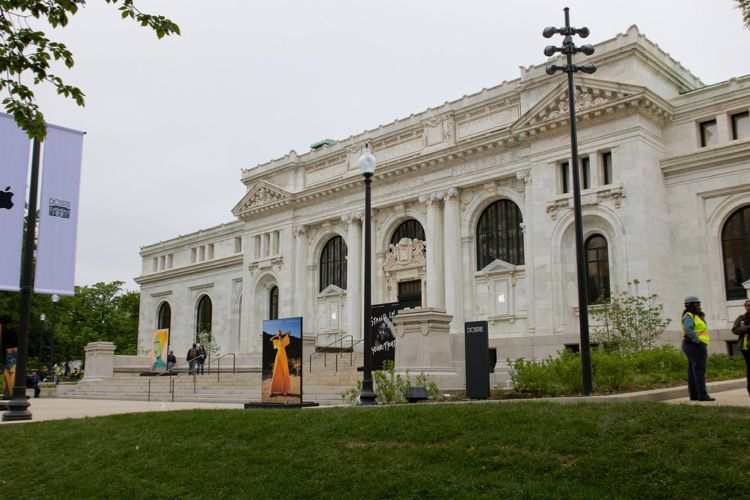 Restauration grand luxe pour la bibliothèque Carnegie de Washington reconvertie en Apple Store