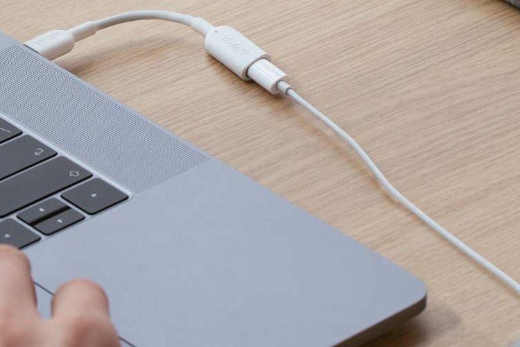 Anker : un adaptateur pour utiliser des EarPods Lightning sur les Mac en USB-C