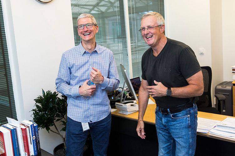 Les souvenirs de Bruce Sewell, l'ancien directeur juridique d'Apple