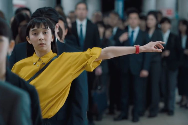video en galerie : Apple Watch : une pub nippone qui pousse à se bouger