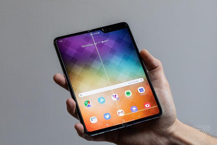 Le PDG de Samsung reconnaît que le Galaxy Fold a été lancé trop tôt