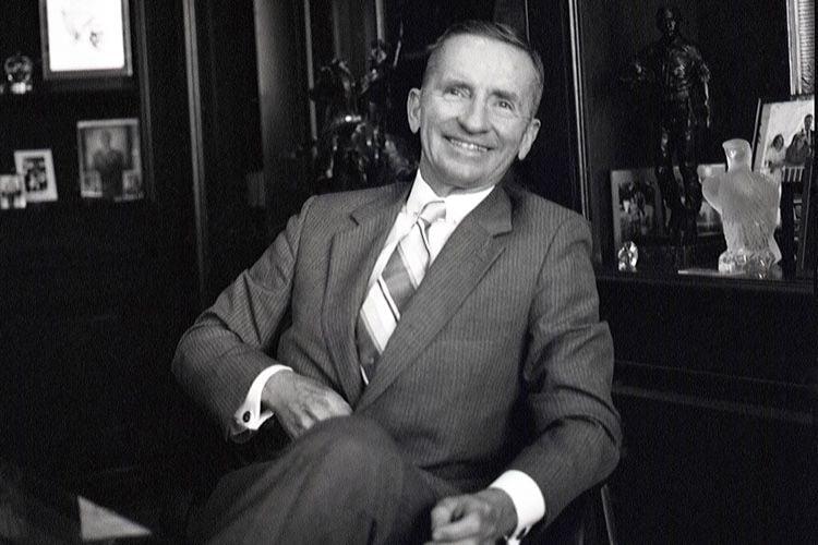 image en galerie : Ross Perot, ancien candidat à la présidence américaine et premier investisseur dans NeXT, est mort
