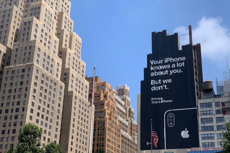 Siri : 300 employés sur la touche après la suspension des écoutes humaines