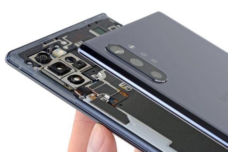 iFixit : les petits secrets du Galaxy Note10+ 5G
