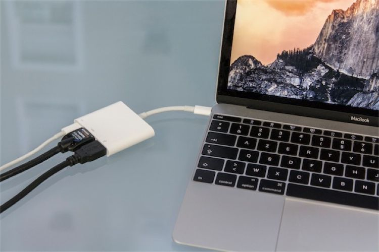 Apple muscle son adaptateur multiport AV numérique USB-C
