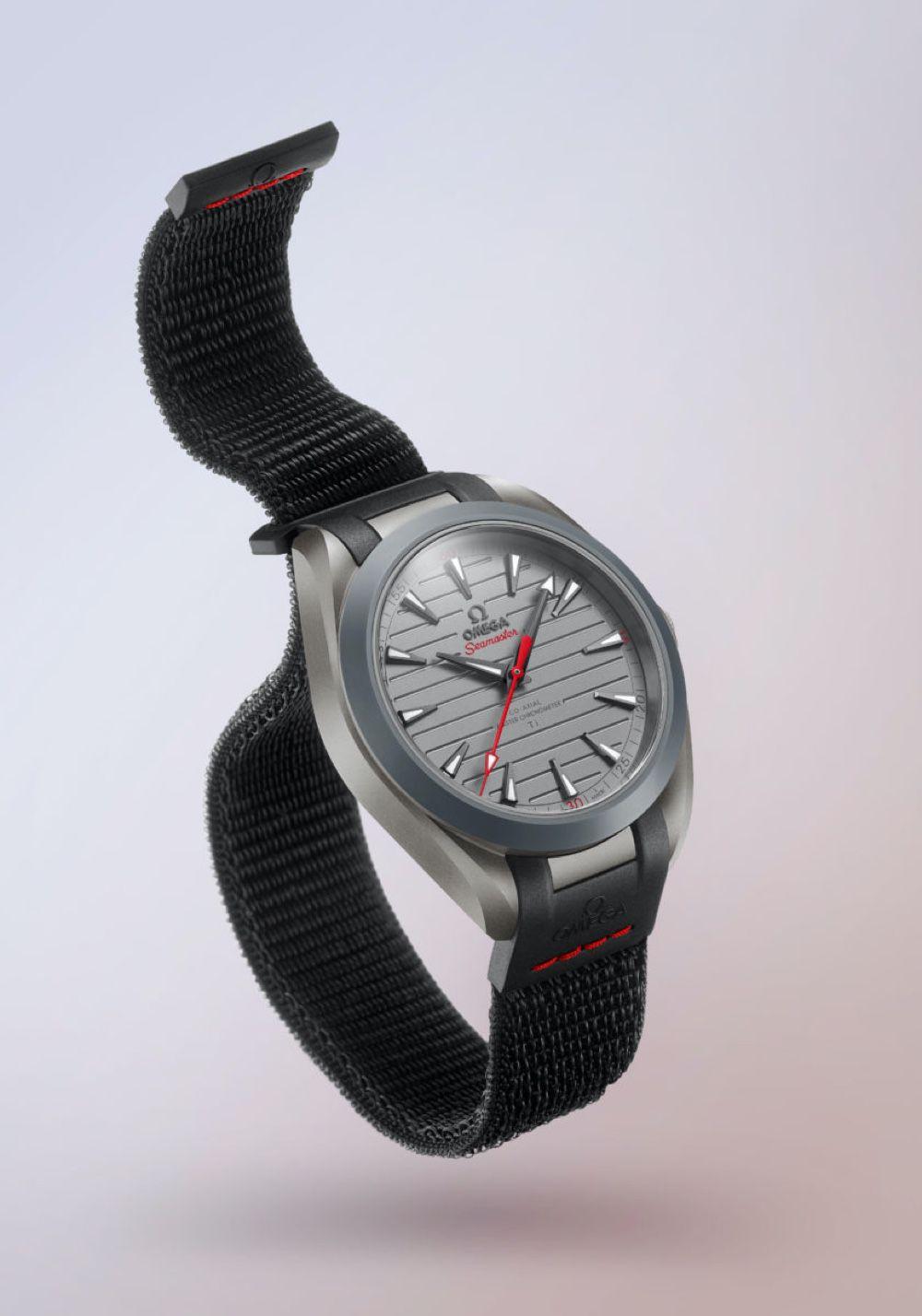 La nouvelle Omega a un joli bracelet Boucle Sport