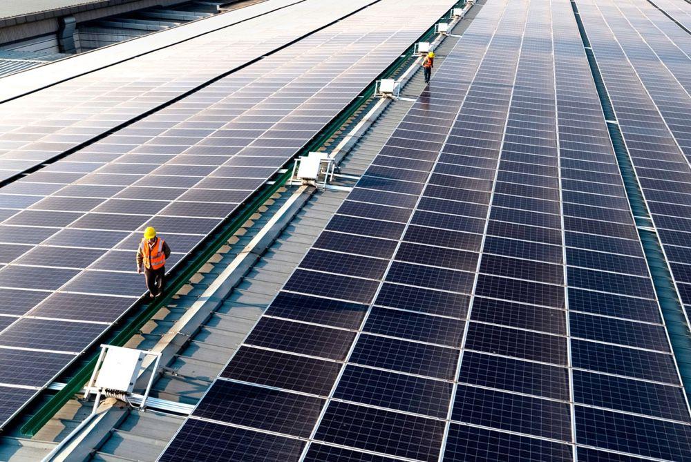 À Taïwan, des panneaux solaires Apple sur le toit d'une usine de