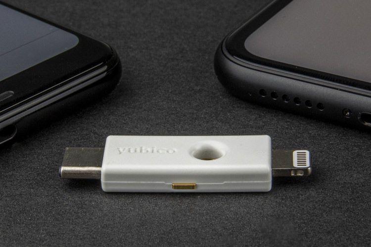 Yubico lance sa clé d'authentification USB-C/Lightning