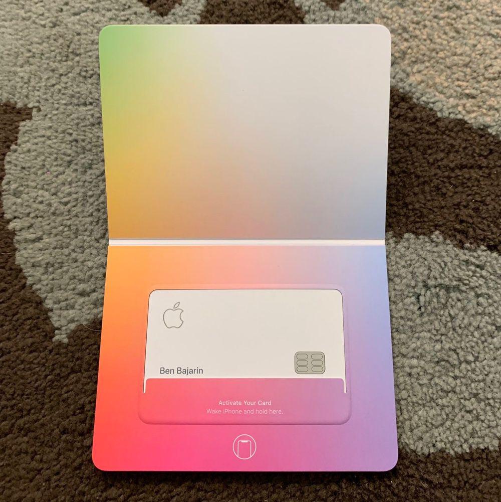 Les premières cartes sont arrivées dans le portefeuille des utilisateurs d