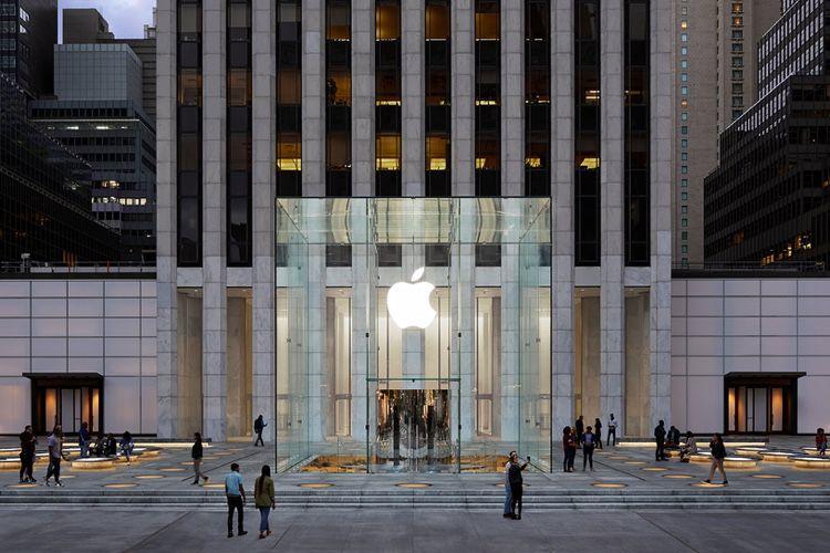 image en galerie : L'AppleStore «Cube» de New York s'est refait une beauté