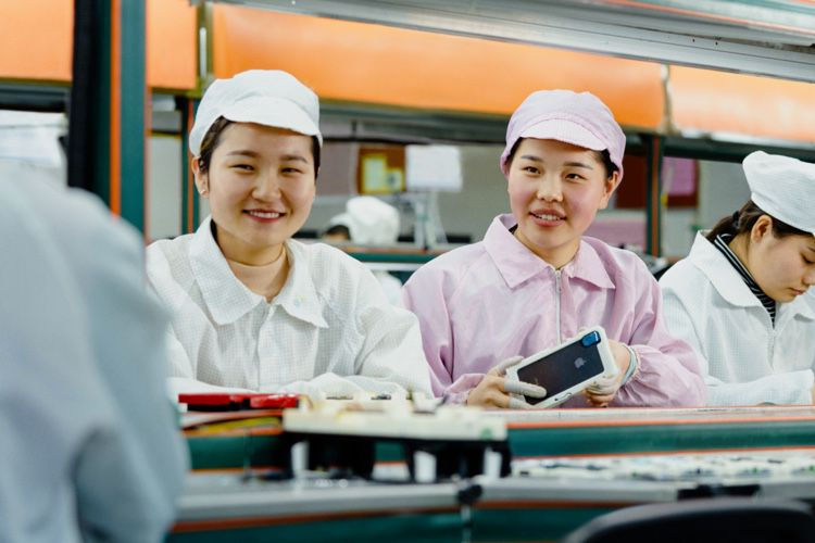 Production d'iPhone: les conditions de travail encore dénoncées chez Foxconn