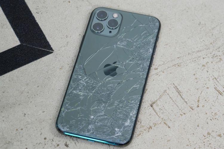 Le verre des iPhone11 est effectivement très résistant
